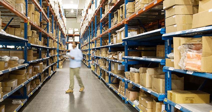 Riorganizza il magazzino con scatole di qualità