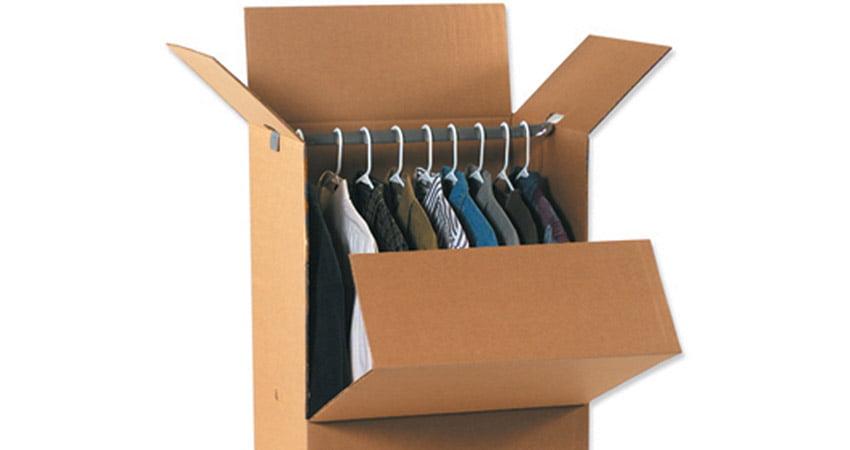 scatola per vestiti adatte al trasporto ed al magazzino