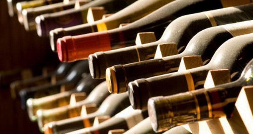 spedire le bottiglie con imballaggi in cartone